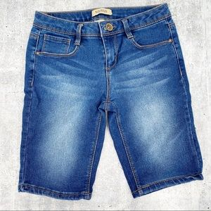 Squeeze Denim Shorts Size 12 Stretchy Pedal Pusher